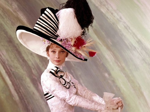 Audrey-Hepburn-as-Eliza-Doolittle-audrey-hepburn-as-eliza-doolittle-29213619-1600-1200